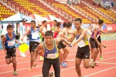 Реле в чемпионате 2013 Таиланда открытом атлетическом. Стоковое Изображение RF