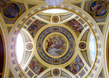 Религиозная христианская картина значка на крыше церков Стоковое Фото