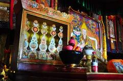 Религиозные статуи в монастыре Drepung Стоковое фото RF