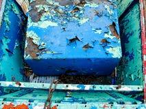 Ржавая голубая коробка стоковое фото rf