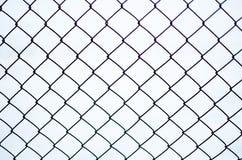 Ржавая загородка звена цепи стального плетения Стоковое Изображение RF