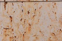 Ржавая каменная стена на снаружи Стоковое фото RF