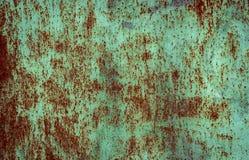 Ржавая коричневая текстура утюга, зеленая старая загородка со слезать краску Текстурированные обои для дизайна иллюстрация вектора