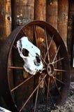 ржавое колесо фуры Стоковая Фотография