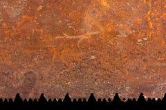 Ржаво увидел предпосылку лезвия стоковое фото rf