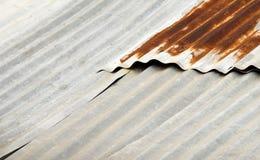 Ржавчина в цинке крыши Стоковые Изображения