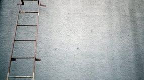 Ржавые железные лестницы Стоковое фото RF