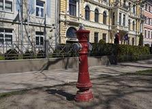 Рига, жидкостный огнетушитель, начало улицы Elizabetes стоковая фотография rf