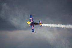 РИГА, ЛАТВИЯ - 20-ОЕ АВГУСТА: Пилот Мартин Šonka победитель  стоковые изображения