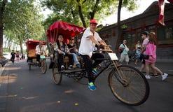 Рикша в старом Hutongs, Пекине стоковые изображения rf