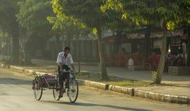 Рикша Янгона стоковая фотография