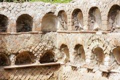 Римская стена некрополя в старом Ostia Стоковое фото RF