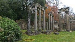Римские руины в парке Суррей Виндзора большом Стоковые Изображения RF