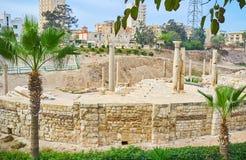 Римские руины через растительность, объявление Dikka археологический si Kom Стоковое фото RF