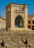 Римский амфитеатр в квадрате Santo Oronzo аркады Lecce, Италия Стоковые Изображения RF