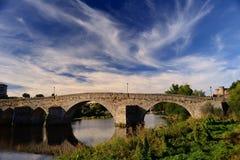 Римский мост над рекой Tormes в Авила Стоковое Изображение RF