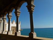 Римский свод в дворце с видами на море Стоковые Фотографии RF