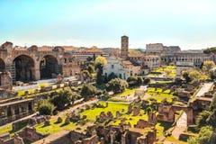 Римский форум в Риме, Италии стоковое фото rf