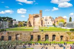 Римский форум в Риме, Италии стоковые изображения rf