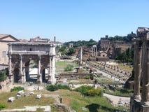 Римский форум осмотренный от холма Capitoline, Рима стоковое фото