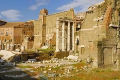 Римский форум, центр ` s Рима исторический, Италия Стоковое Изображение RF