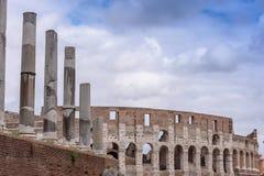 Римское ColiseumThe старое Colosseum в Риме, гладиаторы воюет Стоковое фото RF