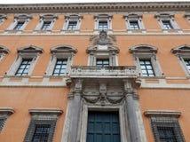 Рим - бортовой фасад дворца Lateran Стоковое фото RF