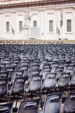 Рим, Ватикан, ИТАЛИЯ, 12-ое сентября: Базилика ` s St Peter на государстве Ватикан, ` и квадрат Базилики di Сан Pietro ` в утре с Стоковые Фото