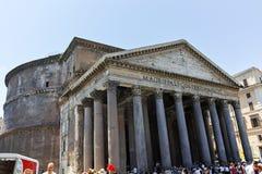 РИМ, ИТАЛИЯ - 23-ЬЕ ИЮНЯ 2017: Изумительный взгляд пантеона в городе Рима стоковое фото