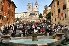 Рим, Италия, испанские лестницы, barcaccia della Фонтаны Стоковая Фотография