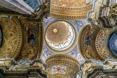 Рим, Лацио, Италия 22-ое мая 2017: Купол католической церкви ca Стоковая Фотография RF