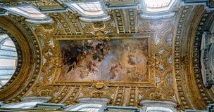 Рим, Лацио, Италия 22-ое мая 2017: Купол католической церкви ca Стоковое Изображение