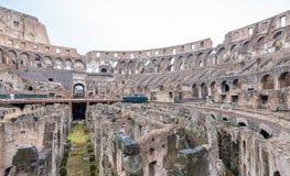 РИМ - 14-ОЕ ИЮНЯ 2014: Римский интерьер Colosseum Внутренняя галерея Стоковые Фотографии RF