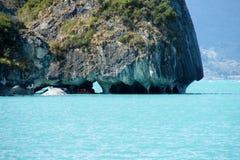 Рио Tranquilo, Чили, остров Capillas de Marmol Стоковые Фото