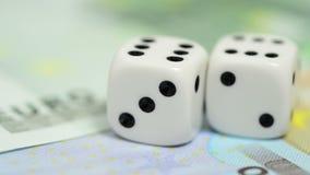 Рисковать деньги сток-видео