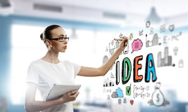Рисовать бизнес-план Мультимедиа Стоковое Фото