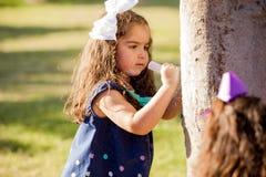 Рисовать некоторые сердца на дереве Стоковое Изображение RF