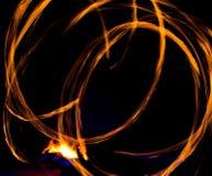 Рисуя огонь на ноче Стоковое Изображение