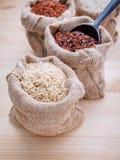 Рисы смешанных всех рисов зерна традиционных тайских самые лучшие для здоровой стоковое изображение