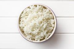 Рис жасмина в керамическом шаре Стоковая Фотография