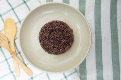 Рис жасмина или коричневый рис стоковое фото