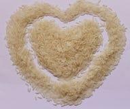 Рис на белой доске Стоковое Изображение RF