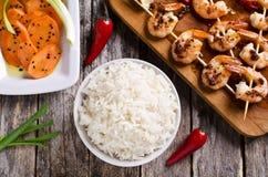 Рис сваренный белизной стоковое фото rf