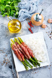 Рис с спаржей и мясом стоковые изображения