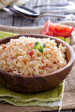 Рис с томатами и луками Стоковые Изображения RF