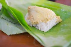Рис тайского десерта липкий с испаренным заварным кремом Стоковые Фото