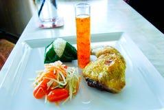 Рис цыпленка салата папапайи липкий Стоковые Фото