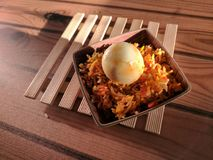рис яичка зажаренный стоковое изображение