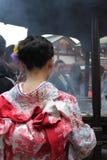 Ритуал очищения - Maiko в Asakusa Стоковая Фотография RF