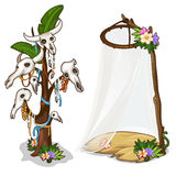 Ритуальное дерево с черепами животных и украшений Стоковые Фото